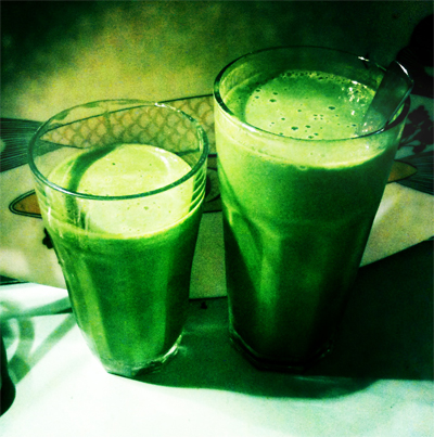 green health drink green smoothie recipe