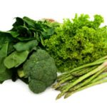 Moving Beyond Spinach : Using Dandelion Greens and Parsley In a Green Smoothie
